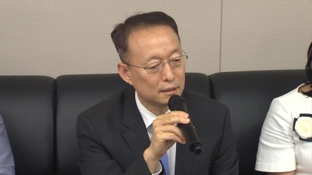 """백운규 """"원전 수명연장 없다...2079년 원전 제로"""""""