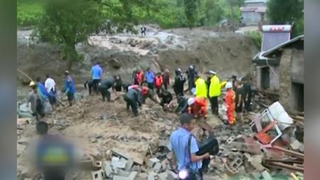 중국, 쓰촨성 지진 피해 복구 노력...산사태로 23명 사망 이미지