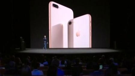 아이폰X, 새로운 애플의 시작일까?