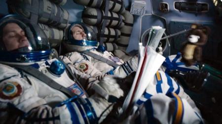통제 불능 우주정거장과 도킹하라…영화 '스테이션7'