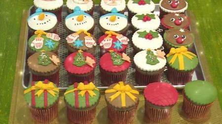 케이크 위에 산타가!…음식을 예술로 만드는 '설탕 공예'