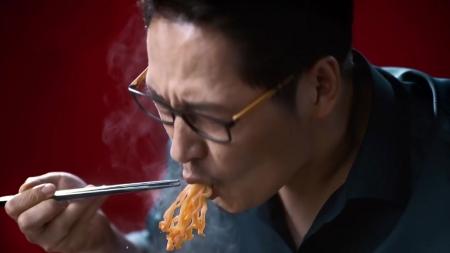 파삭파삭·후루룩…음식, '소리'로 먹다